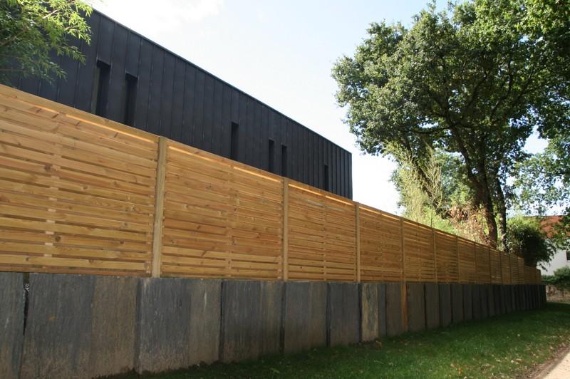 cloture et palissade de jardin en bois vannes paysagiste bretagne. Black Bedroom Furniture Sets. Home Design Ideas