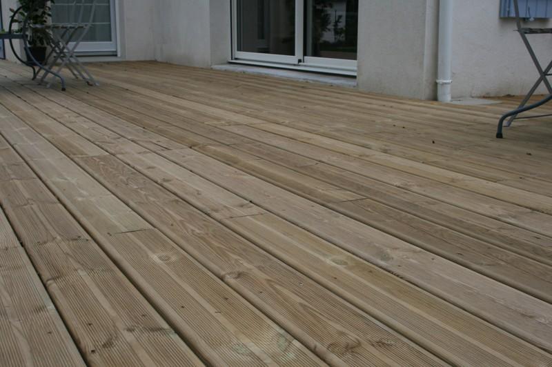 terrasse en bois résineux
