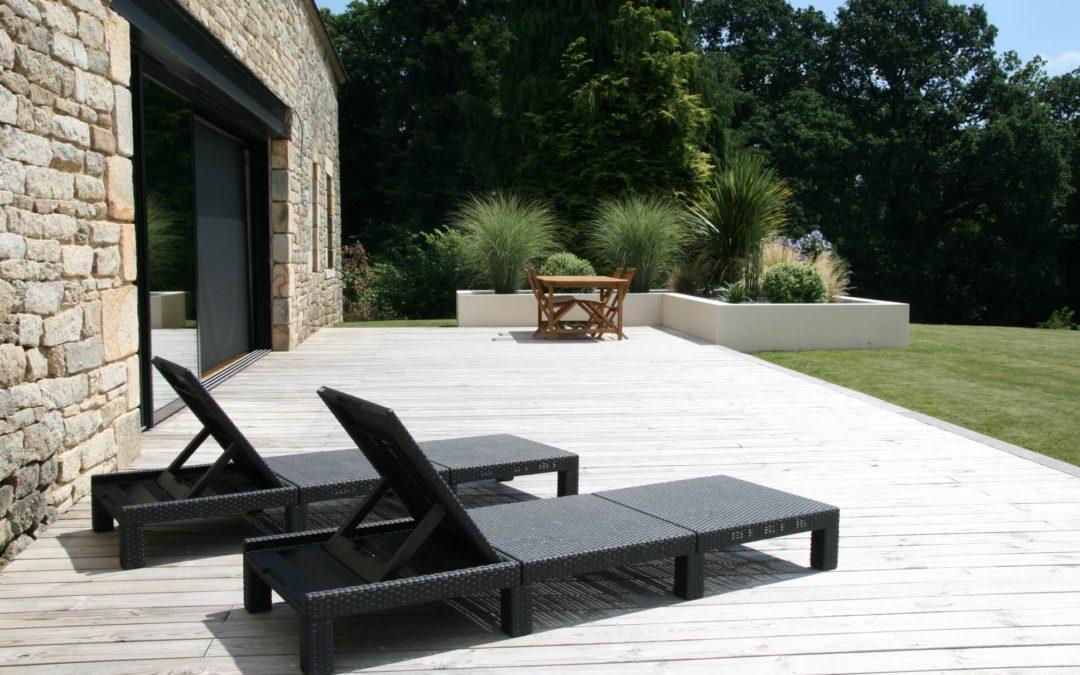 Aménagement d'une terrasse en bois à Plumelec